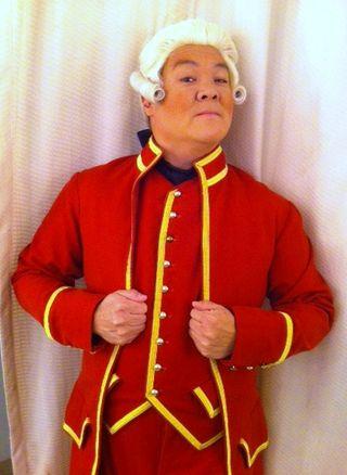 La opera red coat