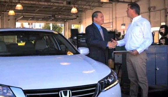 Autonation handshake cropped